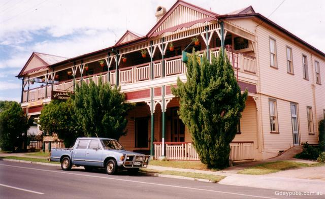 Killarney (Queensland) Australia  city photo : Killarney HotelPhoto: MAR 2001Photo submitted by: Robert Aspinall ...
