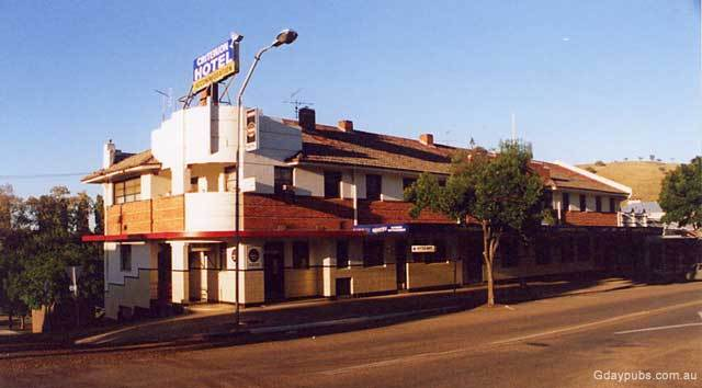 Gundagai Australia  City pictures : Criterion Hotel Budget accommodation available in the renovated Hotel