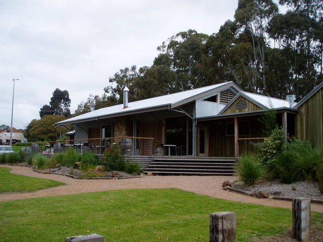 Curdievale Australia  city images : Historic Timboon Railway ShedPhoto 29/08/2008Photos and information ...