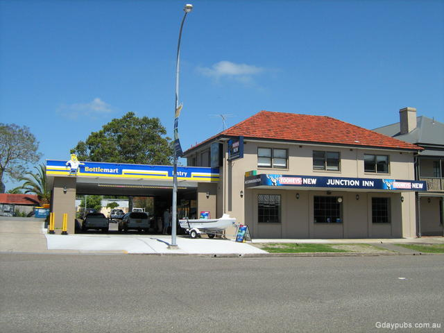 Raymond Terrace Australia  City new picture : Junction Inn Hotel Hotel was established in 1836 and parts of the old ...