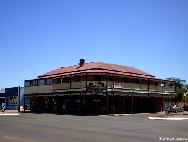 Saint George Australia  city photos gallery : Cobb & Co Hotel The Photo 2010Photo submitted by Steve Ingham, many ...