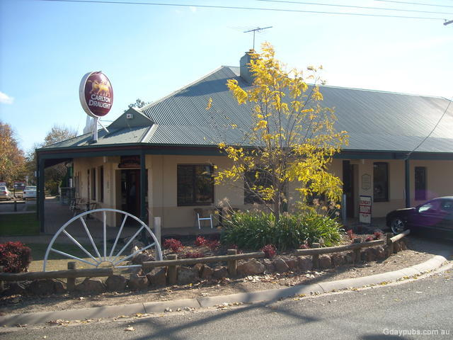 Milawa Australia  city pictures gallery : Milawa Hotel Established in 1865 Located on the old Commercial Hotel ...