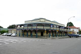 West Kempsey Hotel
