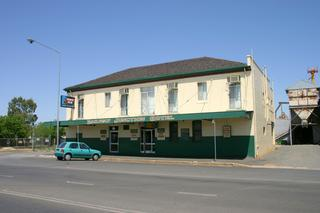 Railway Junction Hotel