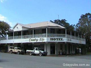 Country Life Hotel