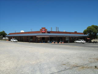 Cape Jervis Tavern & Motel