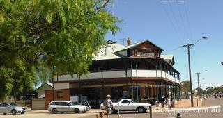 Woolshed Hotel (The)