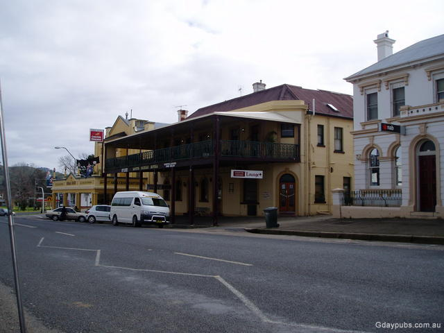 Hotels in Gundagai < New South Wales | Gday Pubs - Enjoy our