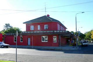 Bridge Tavern