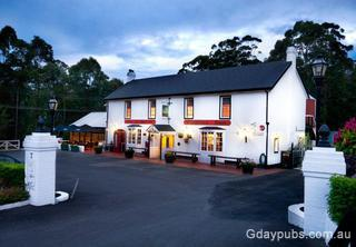 Fox & Hounds Country Inn