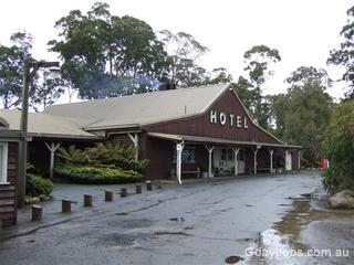 3 Bridge Wilderness Hotel